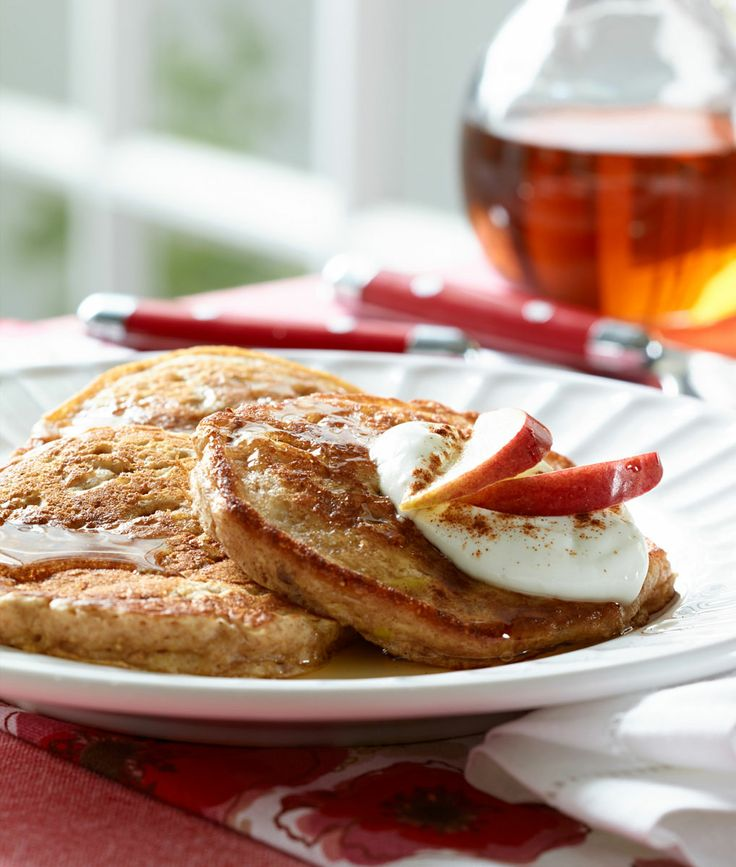 Breakfast Photography of Pancakes with Maple Syrup, Whipped Cream and Apple [BP imaging - Bochsler Photo Imaging]