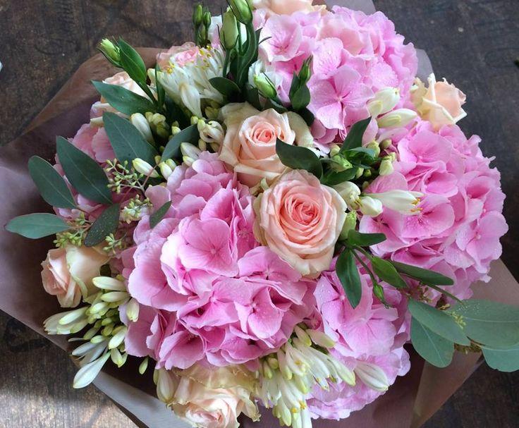 Hydrangea and roses bouquet by ROSMARINO / Hortenzie a růže
