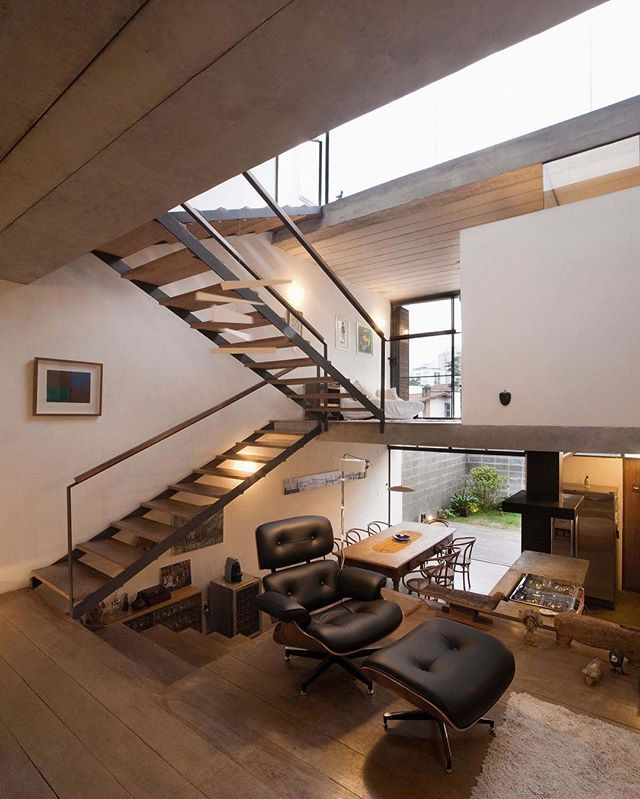 Juranda House by Apiacas Architecture (2008), Sao Paulo #Brazil ... Area: 150 sqm. Pregnolato & Kusuki Studio