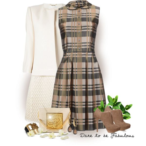 A fashion look from October 2013 featuring Jil Sander Navy dresses, Chloé coats y Forever 21 ankle booties. Browse and shop related looks.