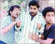 Satish Shah, Naseeruddin Shah & Ravi Baswani in 'Jaane Bhi Do Yaaro'