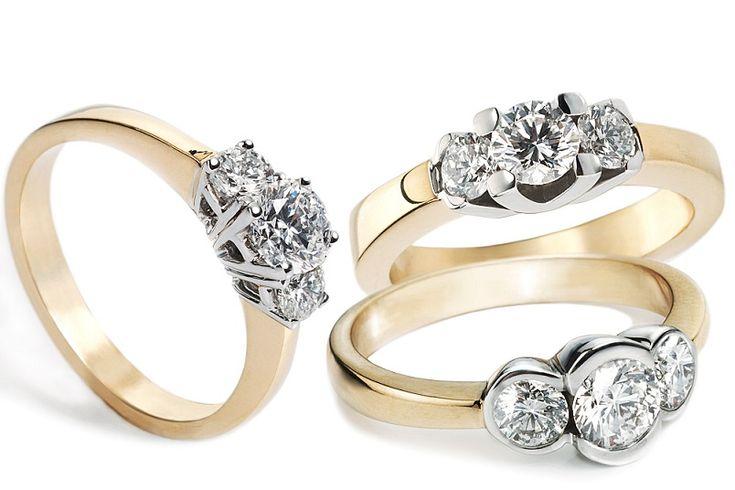 Zobacz, jakie złote pierścionki są obecnie modne : http://feszyn.com/zlote-pierscionki-klasyka-czy-nowoczesnosc-zobacz-co-sie-teraz-nosi/  #uroda #pierścionki #złoto #białezłoto #zaręczyny #pierścionekzaręczynowy