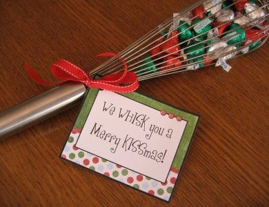 Easy Homemade Christmas Gift Ideas - Candy Filled Whisk - Click pic for 25 DIY Inexpensive Christmas Gifts for Kids