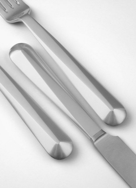 Austrian designer Thomas Feichtner has collaborated with silverware manufacturers Jarosinski & Vaugoin to produce the company's 192nd cutlery range.