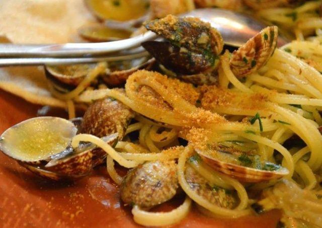 Spaghetti arselle e bottarga, per tentare anche i palati più esigenti
