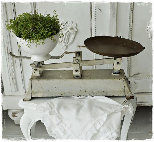 die besten 25 alte waage ideen auf pinterest stallschiebet r ger t schiebet r set und. Black Bedroom Furniture Sets. Home Design Ideas