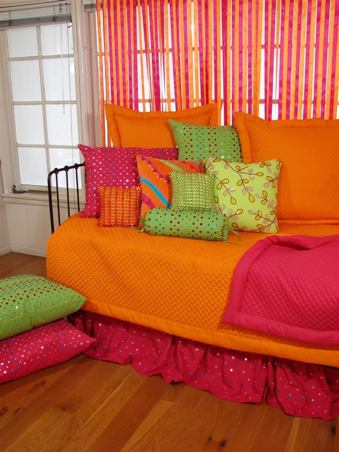 pink and orange bedroom 17 best images about bathrooms amp bedrooms on 16688