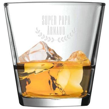 Un joli verre à Whisky à l'occasion de la fête des pères