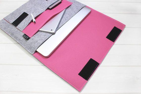 Minimal laptop pouch, pink laptop sleeve, felt laptop sleeve, gray laptop case, Macbook Pro case, simple laptop sleeve, 15 inch laptop case