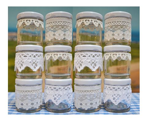 Honey and/or jam wedding favour jars with doilies