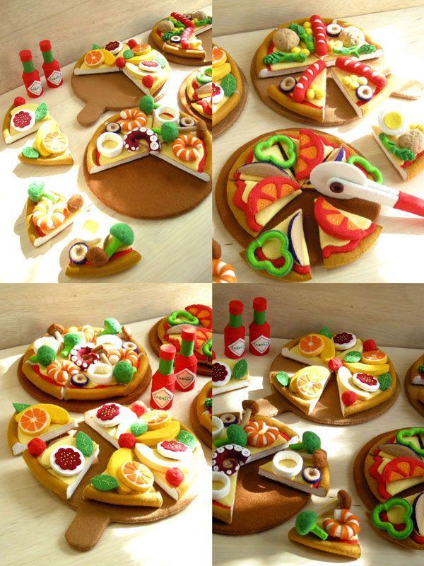 ままごとブック - フェルトままごとブック/ピザやさんごっこ - 型紙屋 かわうそブック/自分で作るフェルト製おもちゃ!カラフルで立体的な玩具は、おままごと用におすすめです。