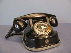 RTT 56 A - Oude zwart telefoon met bakelieten hoorn., jaren '50, België