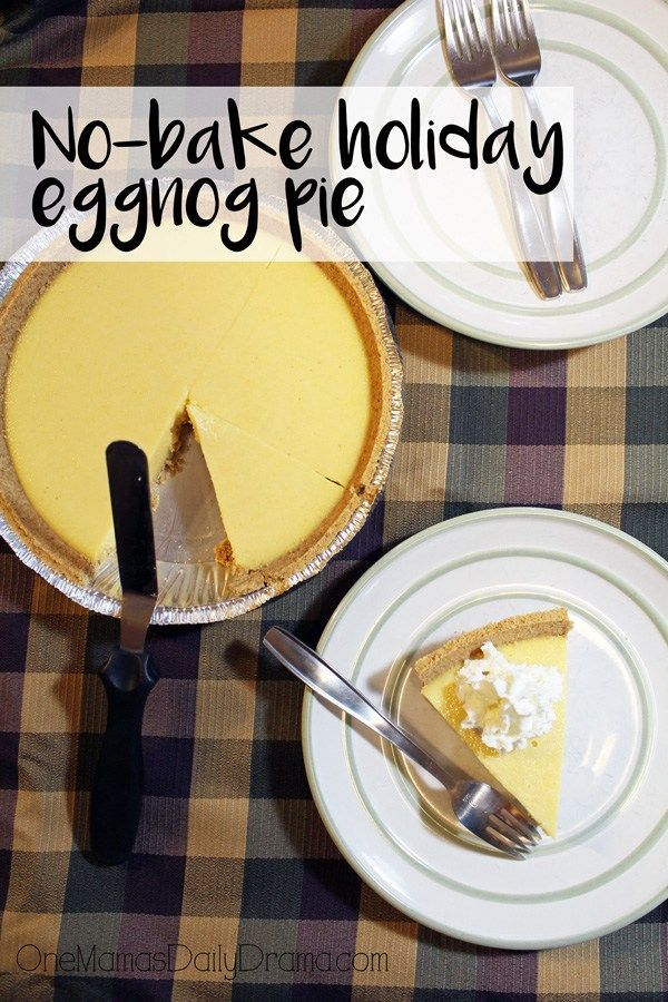 No-bake holiday eggnog pie from One Mama's Daily Drama // Easy Thanksgiving or Christmas dessert idea. Make ahead fast and then get store-bought whipped cream to top when serving.