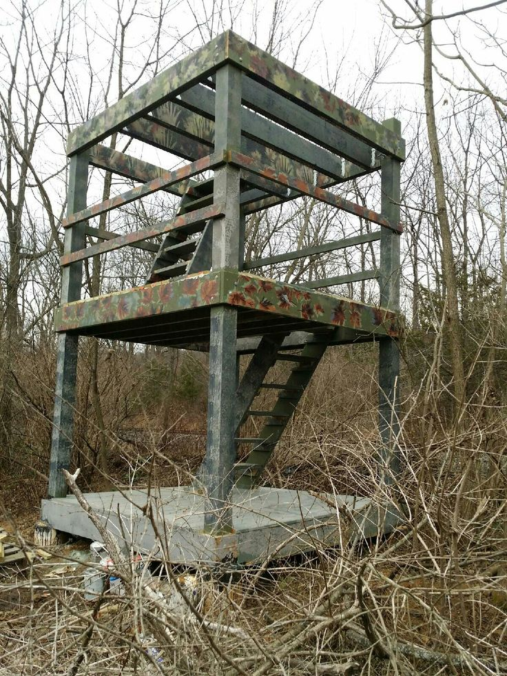 25 best ideas about deer stands on pinterest hunting for Inside deer blind ideas