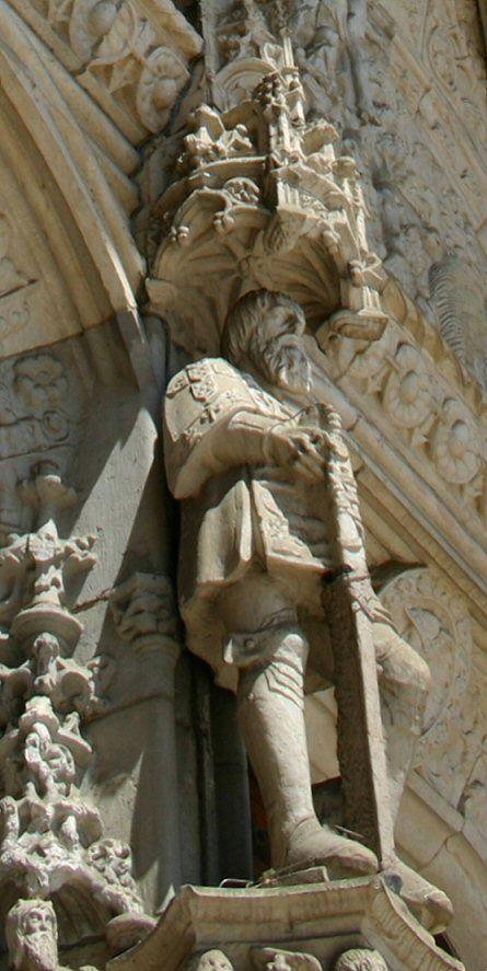 Heinrich der Seefahrer, Skulptur am Südportal vom Hieronymitenkloster / Hieronymuskloster (Mosteiro dos Jerónimos) in Lissabon / Lisboa  www.claudoscope.eu