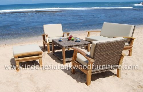 Venice Living Set Material: teak wood and synthetic rattan finishing: unfinished (teak) and painted (synthetic rattan)  Price and order: Zayuk Yuliana (Ms) Skype: zayuk.yuliana | YM: yuppie_zazou Mobile: +62 8112648026 | BB Pin: 24BDE4EE E-mail : zayuk@wisanka.com   PT. Wirasindo Santakarya – WISANKA JEPARA Office & Workshop Outdoor Furniture Division Jl. Raya Jepara Bangsri Km. 7 Mlonggo Jepara, Central Java, Indonesia 59452 Telp: +62 291 599313 http://www.indonesiateakwoodfurniture.com/