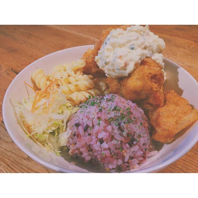 paracchoモチコチキン。 #おうちごはん#おうちカフェ#カフェごはん#お弁当#暮らし#器#定食#ワンプレート#カフェ#食卓#instapic#instafood#instagood#foodpic#foodstagram#foodphotography#foodbeast#food#cafe#Vegetarian#fashion#Healthy#yummy#vscofood#Nofilter#happy#tbt#love#hawaii
