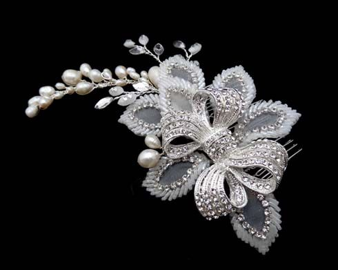 Bridal headpiece from Brides Unlimited