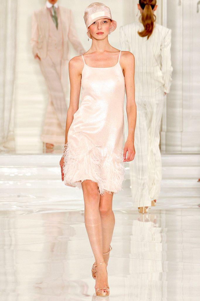手机壳定制balenciaga black handbag Ralph Lauren Spring   Ready to Wear Collection Photos  Vogue