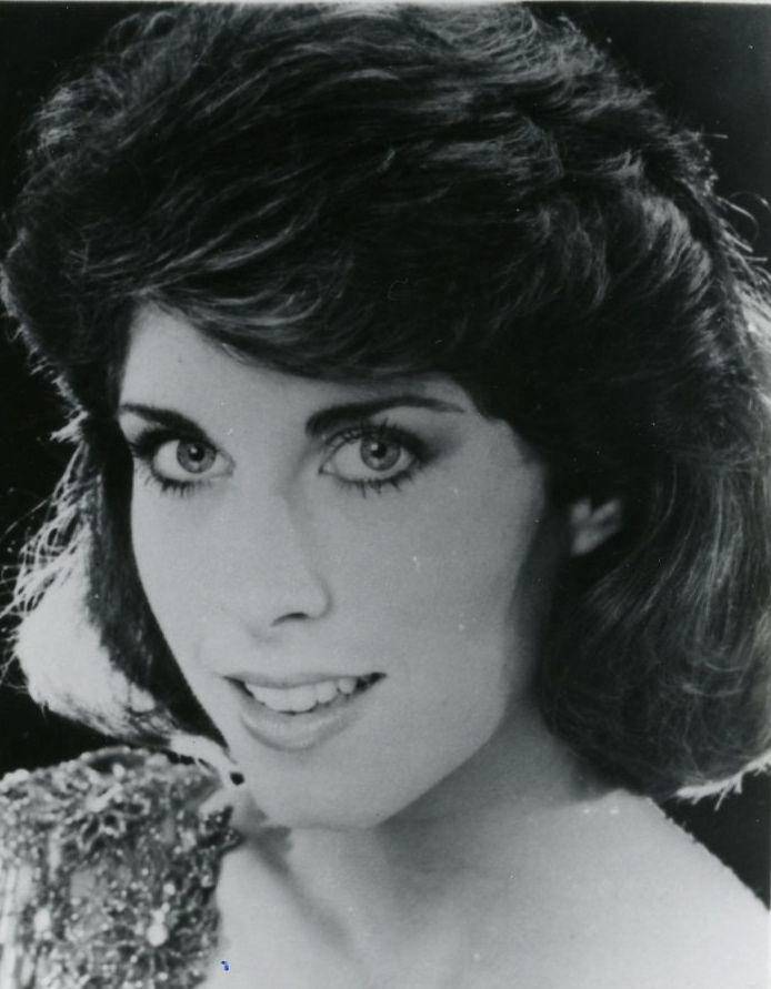 Lea Schiazza, Miss Pennsylvania 1985 - Non-finalist talent award winner at Miss America 1986 in Sept. 1985
