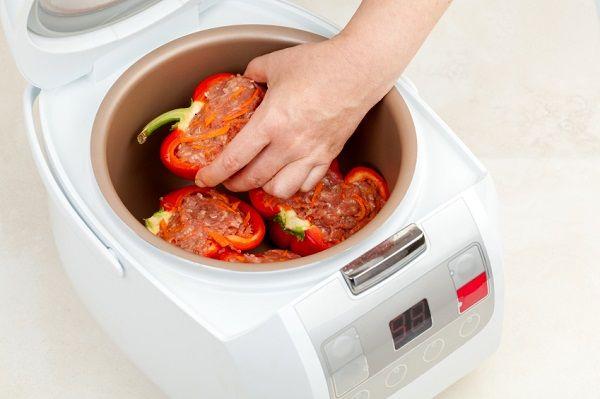 スイッチONで完成!炊飯器でつくれる簡単絶品レシピ【キーマカレー&海南鶏飯】