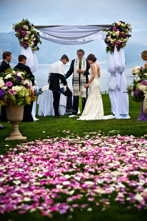 beach wedding in new jersey%0A Bringing a Big Dose of Modern to this Napa Black Tie Affair  Beach Wedding