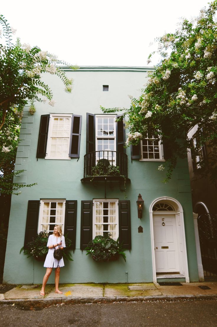 The green house mere - Best 25 Green House Exteriors Ideas On Pinterest Green Exterior Paints House Colors Exterior Green And Exterior House Colors