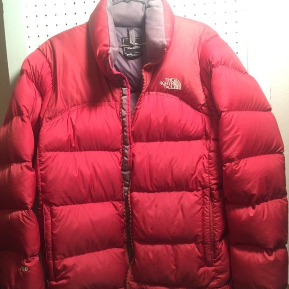 THE NORTH FACE WINTER COAT THE NORTH FACE WINTER COAT   SIZE- LARGE IN WOMENS  ORANGISH/RED IN COLOR  GREAT CONDITION  FEEL FREE TO MAKE OFFERS The North Face Jackets & Coats Puffers