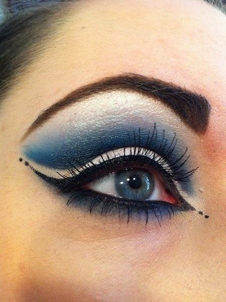 Blue makeup eyeliner eyeshadow eye eyes