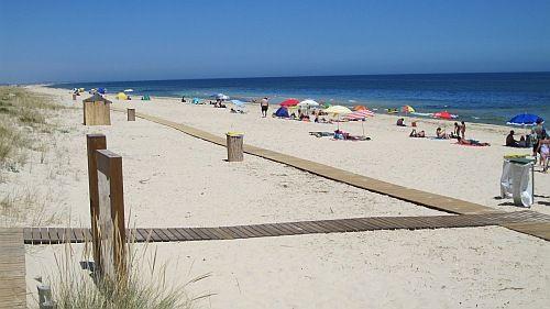 Terra Estreita Beach Santa Luzia