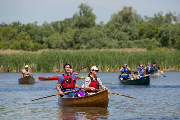 Justin Trudeau et sa femme en canot - Adam Scotti/PMO