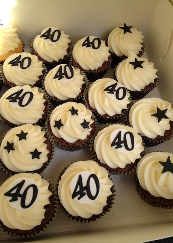 Cupcake Decorating Ideas For Guys : Best 25+ 40th birthday cupcakes ideas on Pinterest 30th ...