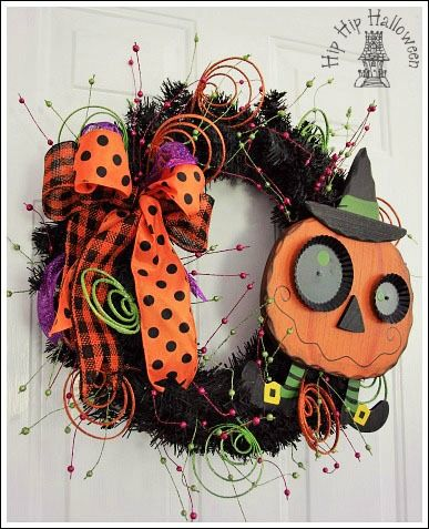 Halloween wreaths you can make yourself diy home decor for Halloween decorations you can make at home