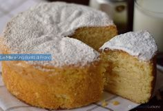 La torta della suocera è un dolce semplice e molto goloso, preparato senza burro. Sembra che sia in grado di far rimanere la suocera a bocca aperta!