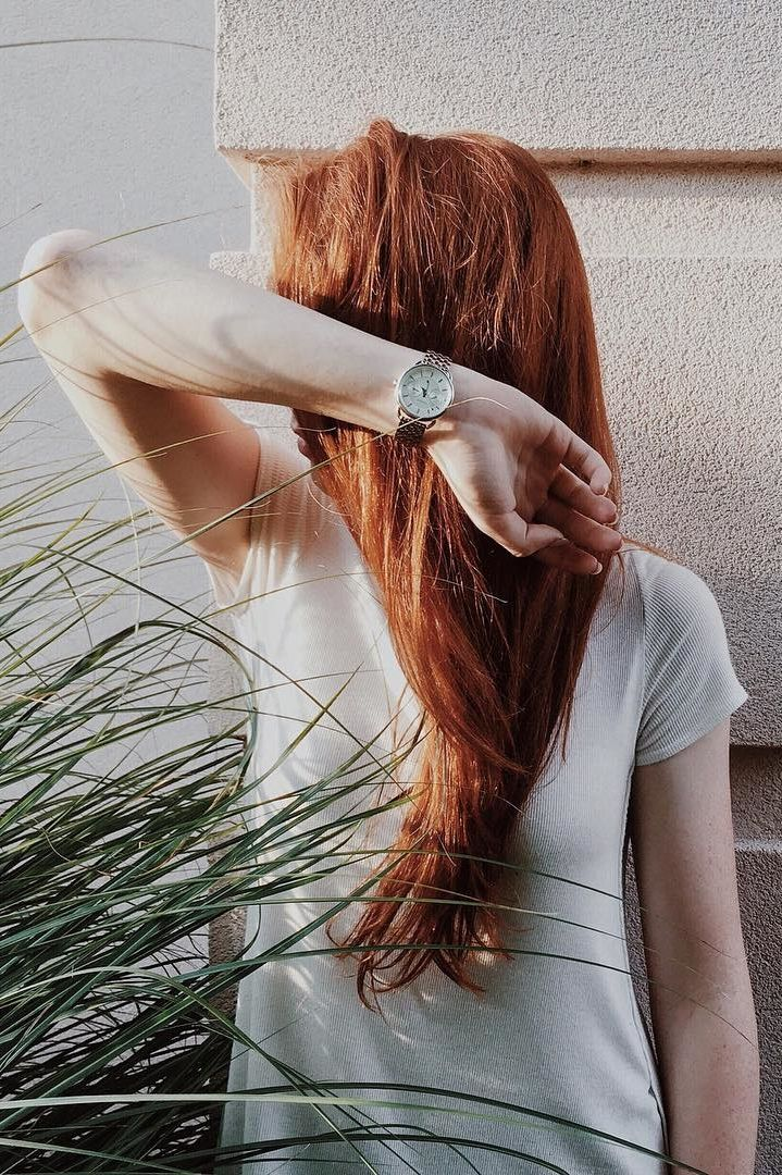 """""""A clean and classic @fossil Boyfriend watch to go with any style. #madisonbosworth #fossilstyle #fossilpartner"""""""
