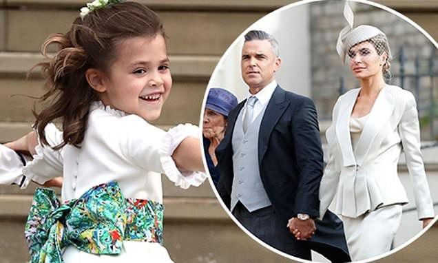 Moment Robbie Williams Daughter Teddy Asks Fergie If She Is The