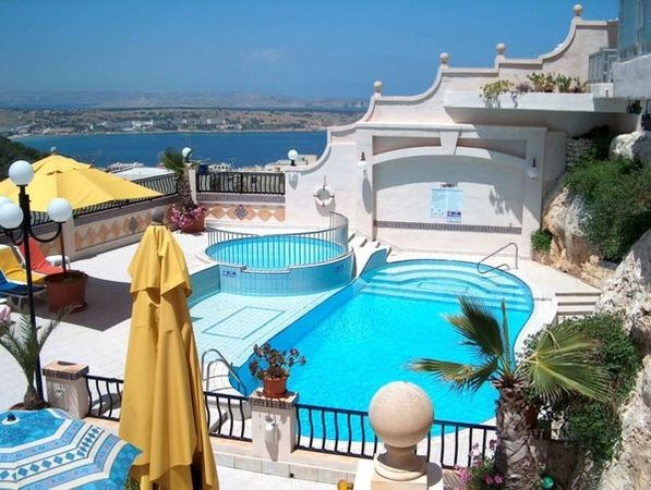 Pergola Club Hotel & Spa Mellieha, Malta Hotel, Cool pools