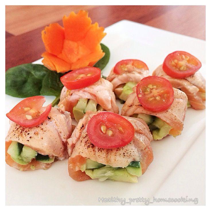 Avocado, Sashimi and Avocado roll on Pinterest