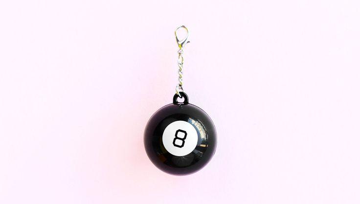 Magic 8 Ball Keychain at Studio DIY