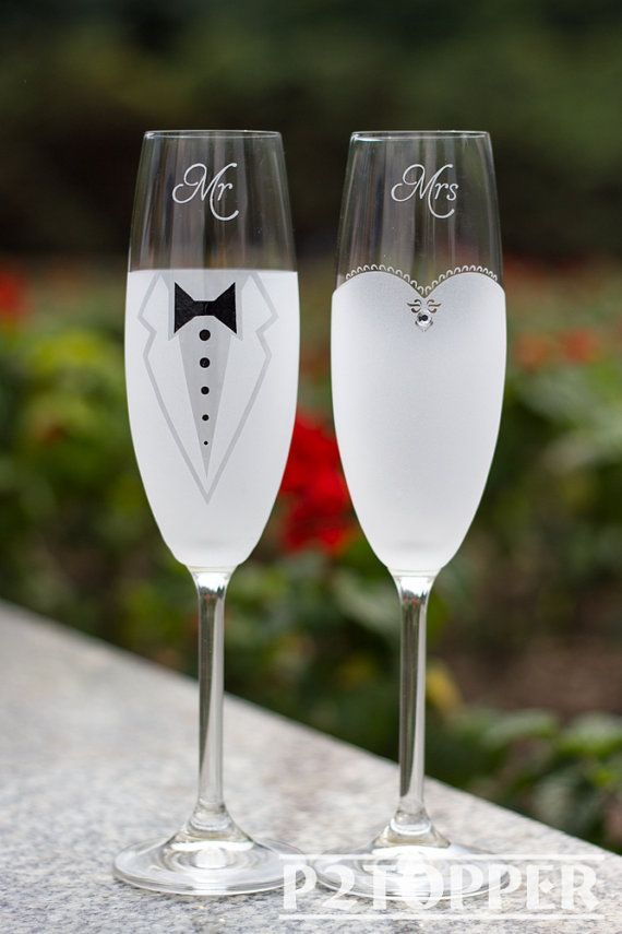 Wedding Gift Champagne Glasses : ... Champagne Glasses, Wedding Glasses, Wedding Champagne flutes, Wedding