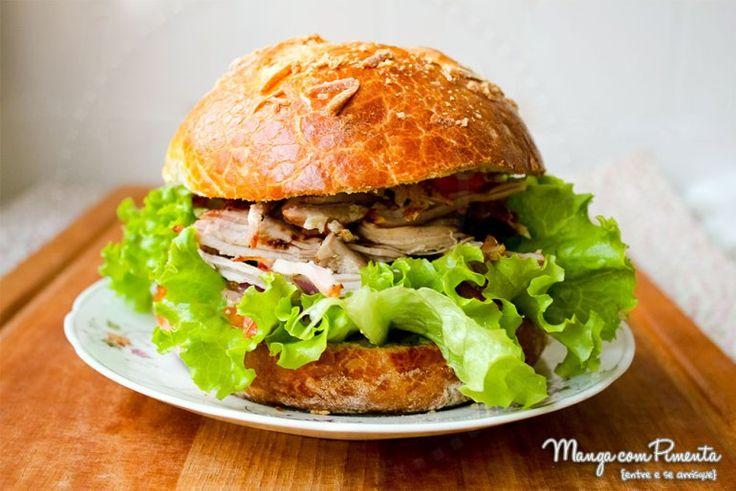 Sanduíche de Pernil, para ver a receita, clique na imagem para ir ao Manga com Pimenta.