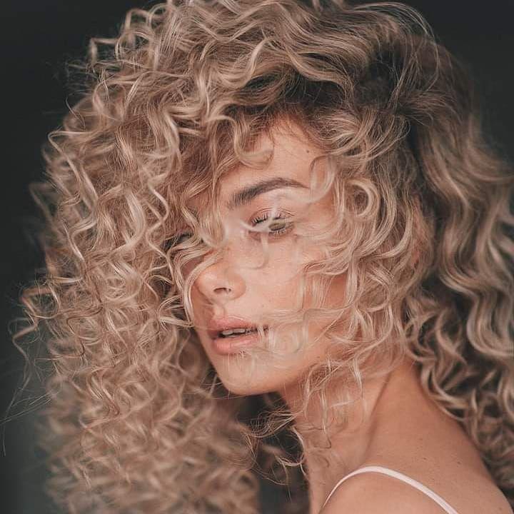 Curly Hairstyles 2020 Female In 2020 Short Wavy Hair Curly Hair