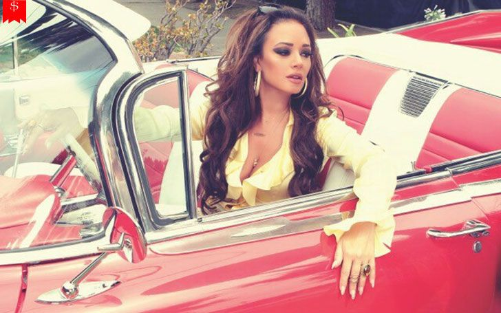 How much money does leah remini earn her successful