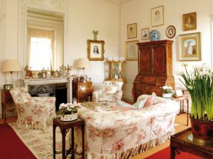 Downton Abbey and Highclere Castle interiors | www.myLusciousLife.com