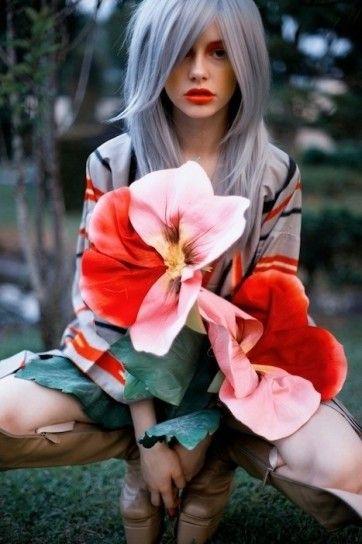 Capelli grigio  sfumato azzurro