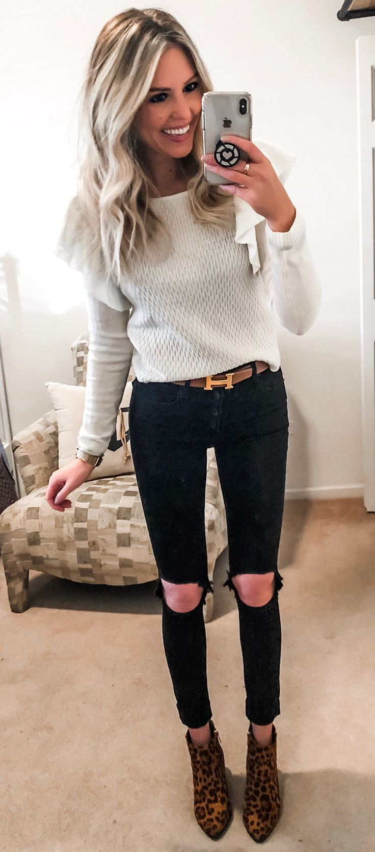 white crew-neck sweater #spring #outfits