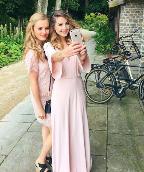 zoella and niomi at tanya and jim's wedding ♥
