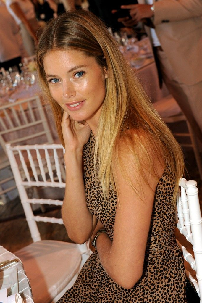 Doutzen Kroes hair blending at the roots
