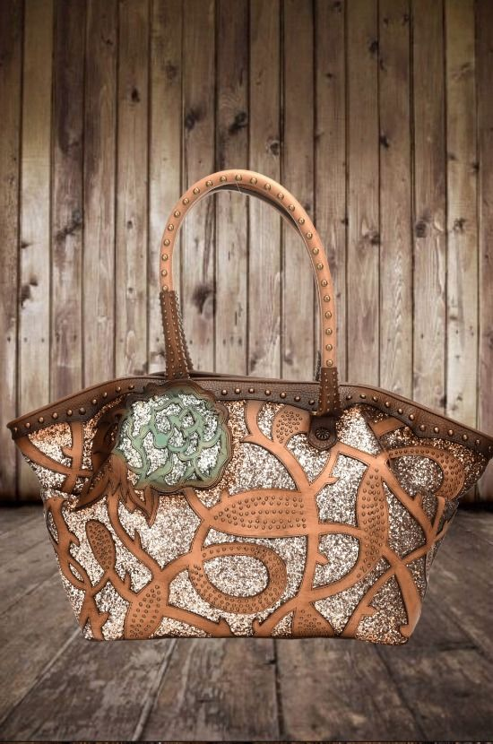 e66775ea3a72 This beautiful Glitter Inlay Dream bag by Corral is definitely one of a  kind! The
