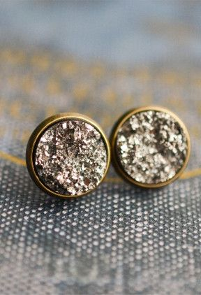 These beautiful Druzy Earrings were made using two Silver faux druzy resin cabochons that have an amazing shimmer just like a real druzy. They are attached to 14 mm ( roughly 1/2 inch) bronze earring